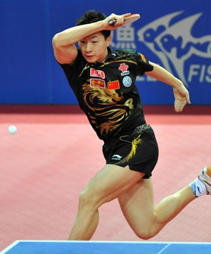 (1)CHINA-MACAO-TABLE TENNIS-ITTF-PRO TOUR GRAND FINALS-MEN'S SINGLES SEMIFINALS (CN)